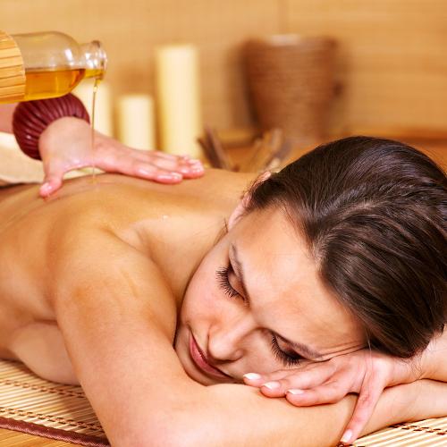 Masaje relajante con aceites esenciales 1 hora y media