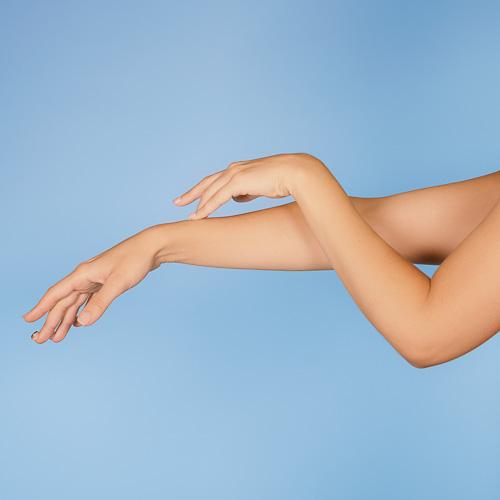 Fotodepilación brazos mujer